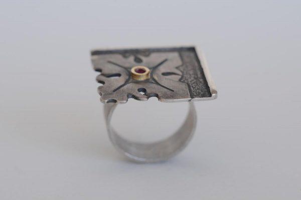 anillo plata rubi fragments detalle