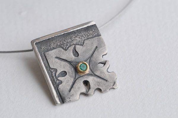 colgante plata esmeralda fragments detalle