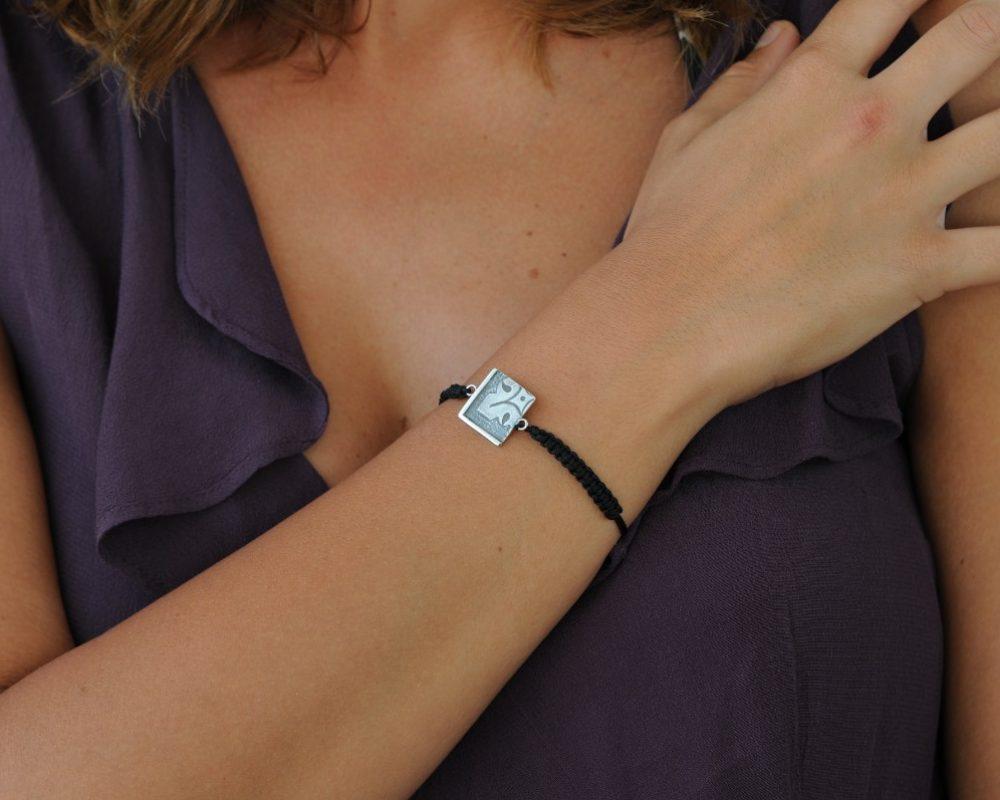pulsera macrame plata